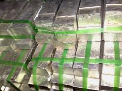 130 Tons of Tin Ingot 99,99% FOB