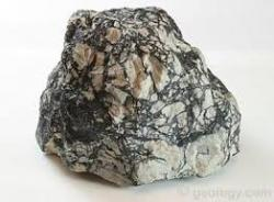 We are suppliers of Magnesite from Sudan