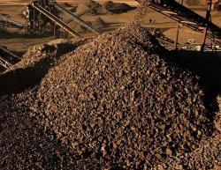 Iron ore 58% 100,000 tpm FOB