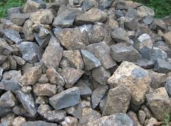 Buying 40 000 tonnes of manganese ore for 12 months
