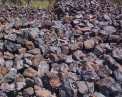 2000mt with upto 5000mt manganese ore 42%+