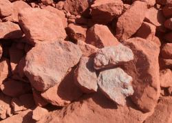 Iron ore 70%+ available for sale